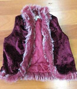 Girls Size 1 Sleeveless Jacket Baby Bardot brand