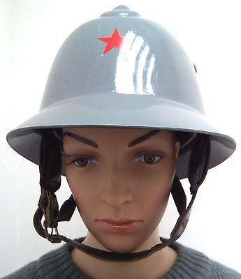 serbischer Feuerwehrhelm Feuerwehr Helm fire helmet Einsatzhelm firefighter grau