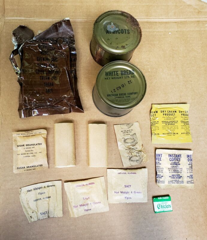 1964 Vietnam War Ration MCI Partial Accessory Packet Apricots & White Bread Cans