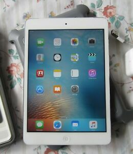 iPad mini -2nd gen.Wifi + Cellular with Defender Otterbox