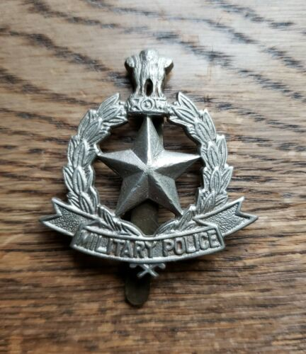 Obsolete Vintage India Military Police Badge