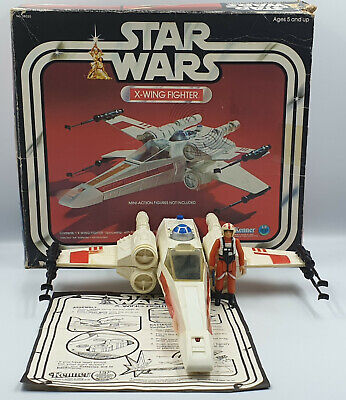 STAR WARS : X-WING FIGHTER MODEL MADE BY KENNER CIRCA 1978 (DRMP)