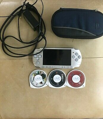 SONY PSP 2000 Playstation Portable SILVER; TESTED; GOOD CONDITION; 3 Game Bundle