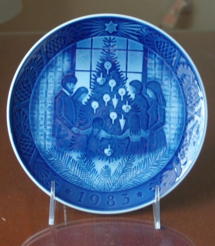Royal Copenhagen Christmas Plate 1983