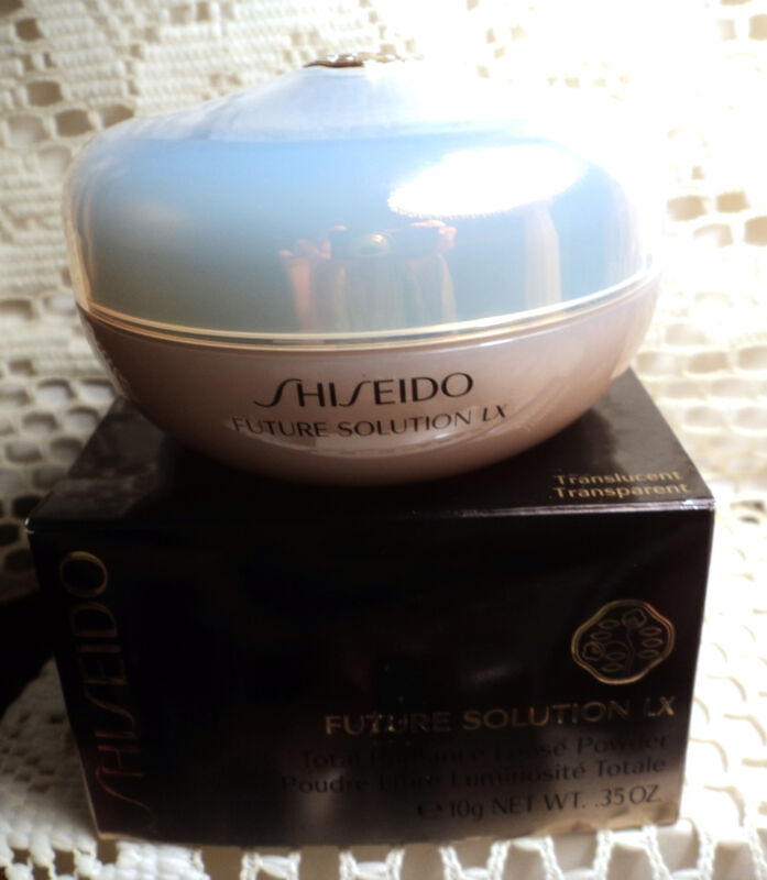 Shiseido Future Solution LX Total Radiance Loose Powder - .35 oz. - Boxed