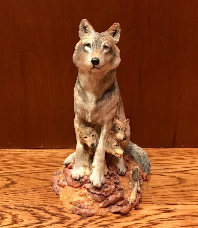 """1996 HAMILTON COLLECTION Wolves of the Wilderness """"Timid Trio"""" Figurine"""