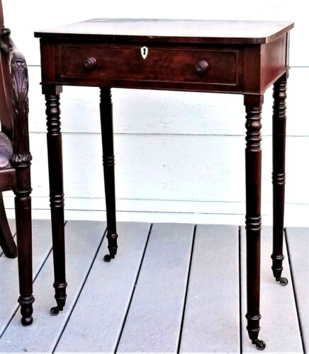 Neoclassical Sheraton WORK STAND, serving table, night stand, mah, c1810, 29t