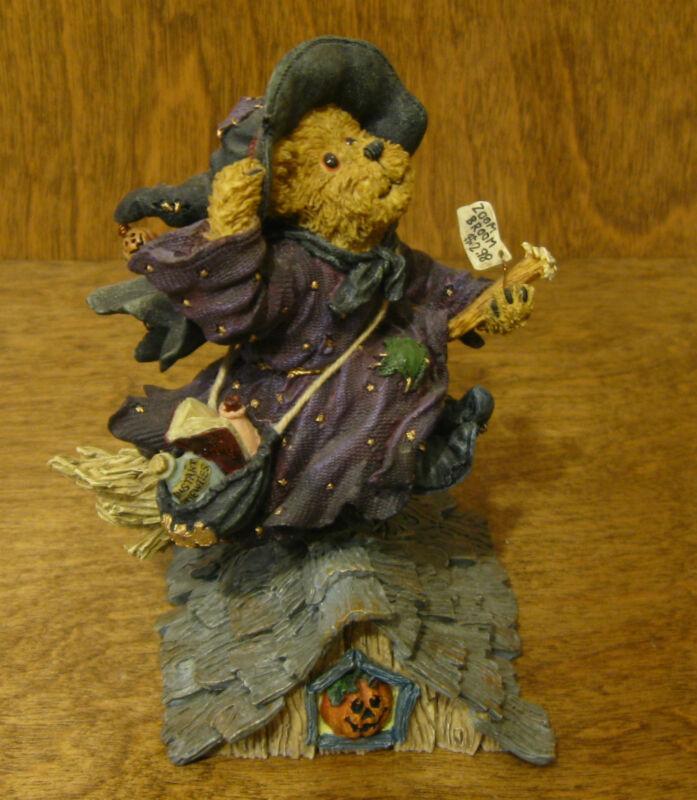 "Boyds Bearstones #228382 Griselda Broomster...Midnight Flight NIB Halloween 4.5"""
