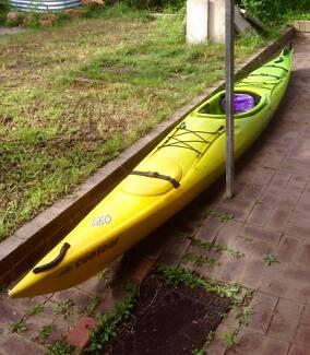 Kayak - Perception Contour 450