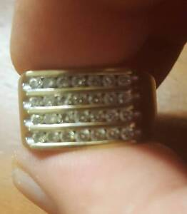Michael hill men's 10 Ct Yellow gold 1 ct diamond ring RRP $2999 Stanmore Marrickville Area Preview