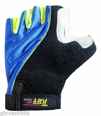 in Black by ExteOndo Bali Summer Pull-on CYCLING GLOVES