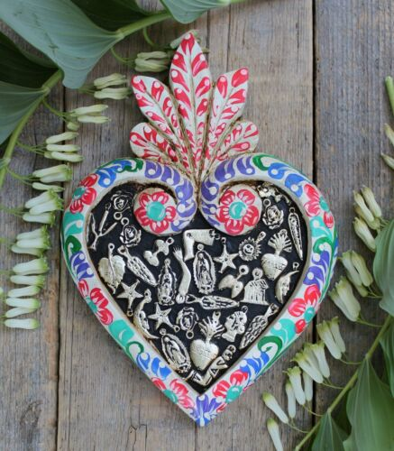 White Floral Sacred Heart Wood & Milagros Miracle Mexican Folk Art Michoacán