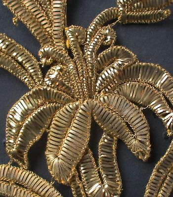 Vintage Gold Metallic Trim Scalloped Blossom Leaf Design $14 p//yrd