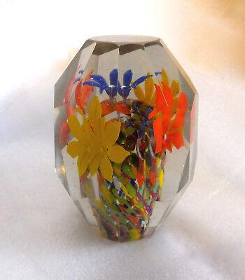 altes Paperweight -Briefbeschwerer Böhmen Glas facettiert geschliffen