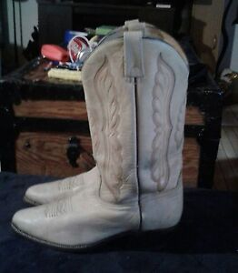 Mens brahm10ee cowboy  boots  beige color barely  worn