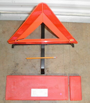 Set Of 2 Reflector Triangles Roadside Safety Bae 022635 Ecer27 Mil Spec 16 Pair