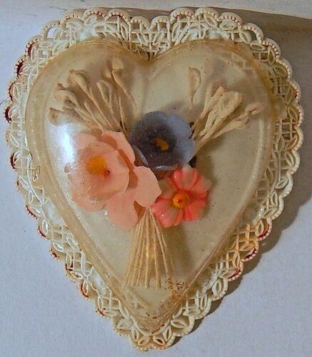 HEART VINT CELLULOID BROOCH ENCASED FLOWERS LACY BORDER UNIQUE