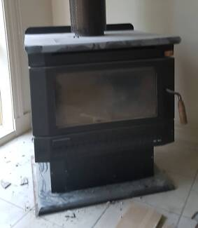 Wood Heater Ultimate Supreme 18 freestanding log fire with flue Lysterfield Yarra Ranges Preview