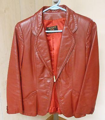 [AVANT-GARDE] Women's Burgundy Leather Jacket Vintage 1980s Waist-Length Size 6