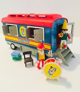 Playmobil set 3477 Circus Trailer and Clowns with their props