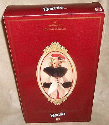 Beautiful NIB 1995 Barbie Hallmark HOLIDAY MEMORIES Doll #14106 Special Edition&