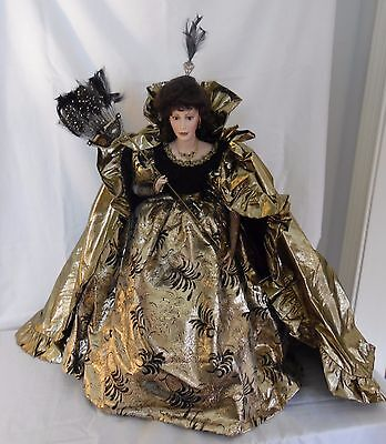 "Franklin Mint Heirloom Doll ""Queen of the Masquerade Ball"""