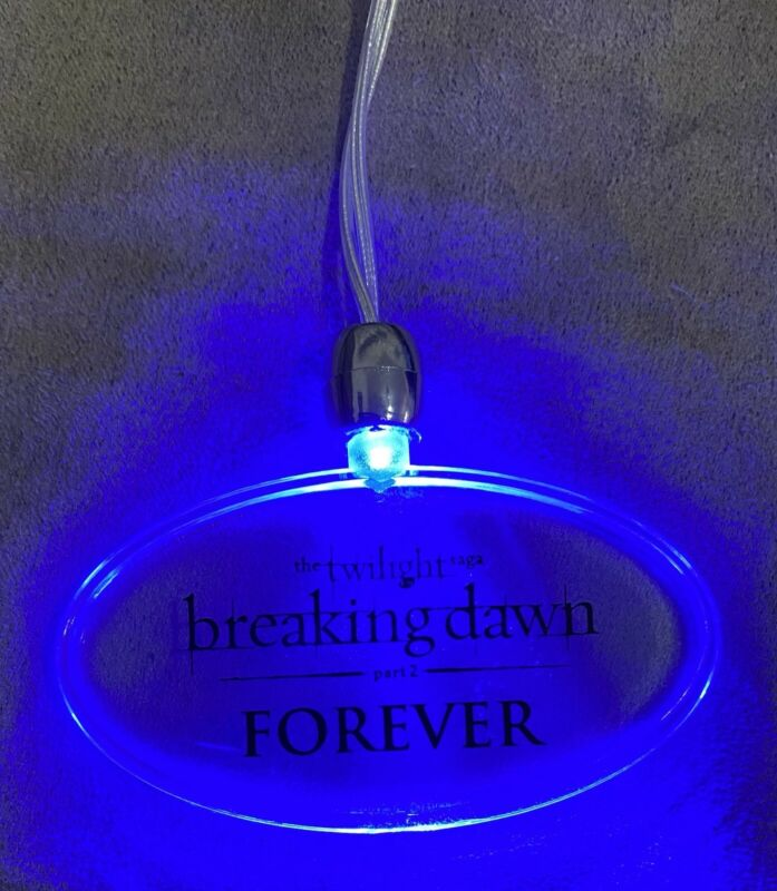 Twilight Breaking Dawn Part II Cast Wrap Afterparty Light-up Necklace Jewelry