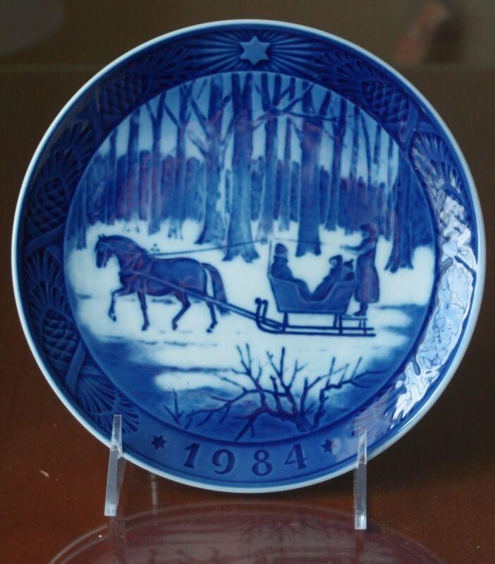 Royal Copenhagen Christmas Plate 1984