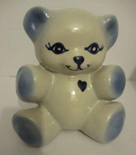 VINTAGE ROB ROY (654) Ceramic Teddy Bear Heart Bank