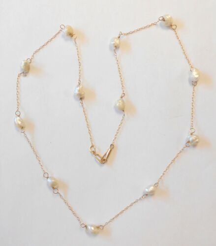 """Beautiful 14K Yellow Gold Freshwater Pearl Station Vintage Necklace 17.75"""""""