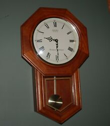 SEIKO Solid Red Oak Schoolhouse Pendulum Clock Westminster / Whittington