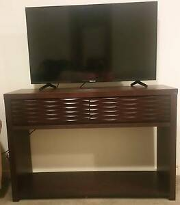 TV Unit \ Entertainment Unit with two drawers Blacktown Blacktown Area Preview
