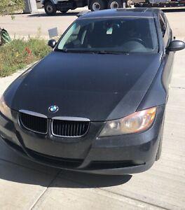 BMW 323i LOW KM