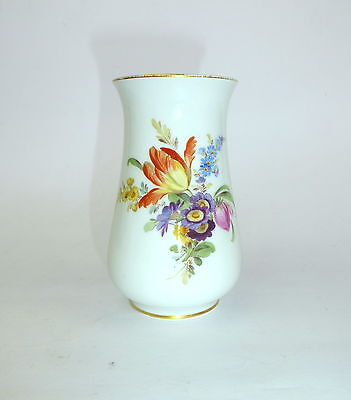 Porcelain Vase with Flower Painting Meissen 20 Jh Vase