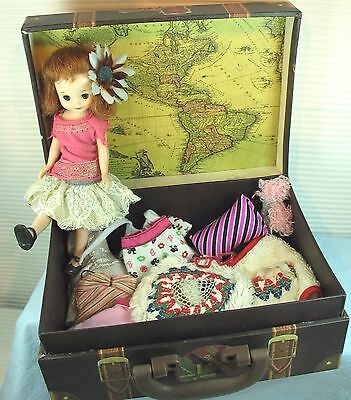 BETSY McCALL 8'INCH DOLL WITH BENDABLE KNEES, TRAVELING CASE/CLOTHES