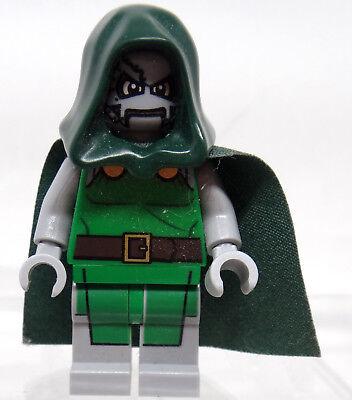 Lego Dr. Doom Figur Minifigur aus Set 76005 Super Heros