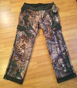 NWT Women's Under Armour Pants - Large