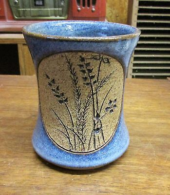 Very Attractive Signed Roberts Wheat Design Blue Pottery Mug Cup