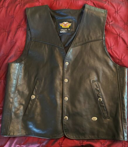 Vintage HARLEY DAVIDSON Motorcycle Black Genuine Leather Riding Vest- XL -U.S.A.