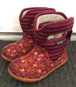 Bogs toddler winter boots size 8
