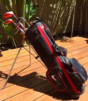 NIKE Golf Club Set - Junior/Teen (right hand clubs)