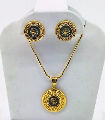 18K YELLOW GOLD MEDUSA HEAD PENDANT AND EARRING SET WITH BOX CHAIN
