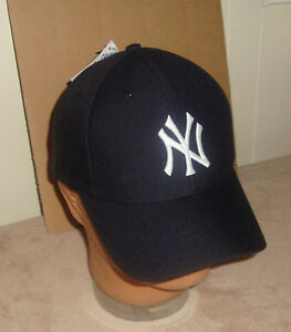 New York Yankees Navy Blue Classic Baseball Hat MLB  Adult One Size NEW