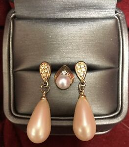 Diamond & Pearl pendant with earrings