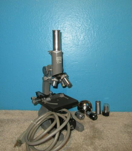 Bushnell Model 604 Microscope w/ 4 Objectives & 4 Eyepieces NICE Free Shipping