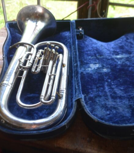 Conn Silver Plated Upright Bell Baritone Horn & mouthpiece! Plays well
