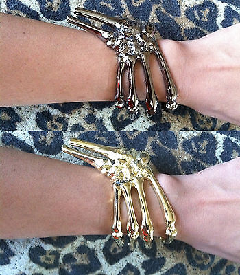 SKELETON GRIPPING HAND BONE TALON CLAW SKULL BRACELET CUFF - Hand Skeleton