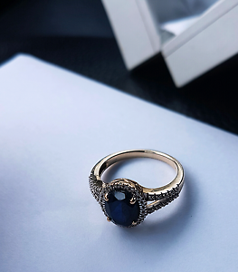 Created Sapphire & Diamonds Ring in 10ct Yellow Gold LIKE NEW Canning Vale Canning Area Preview