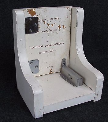 Vintage NATIONAL NUT LATCH Lock Co. + Hinge ADVERTISING Rockford IL (AB324)