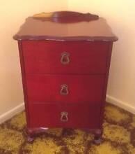 Lovely Vintage Bedside Table Alexandra Hills Redland Area Preview